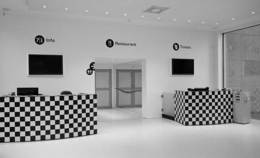 groninger_museum03_mijksenaar-zw